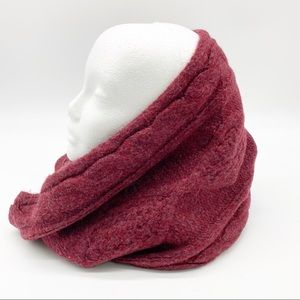 Old Navy Cable Knit Infinity Scarf Cranberry